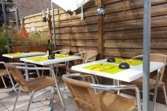 tables-dressees-terrasse